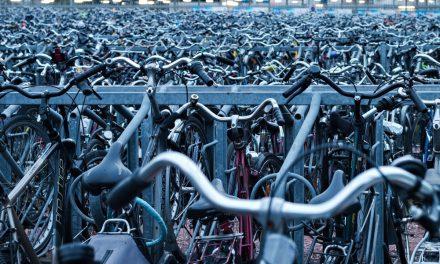 Do práce na bicykli vyráží čím dál víc Slováků