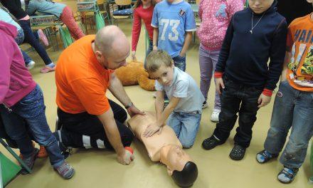 První pomoc pro prvňáčky učí děti zachránit život