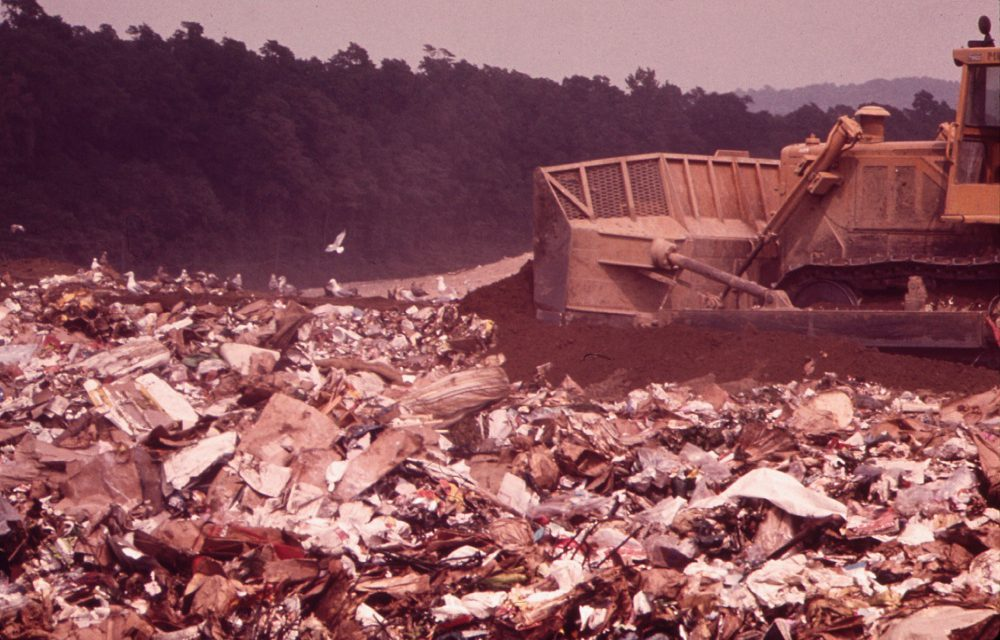 S odpady vmalých obcích poradí příručka