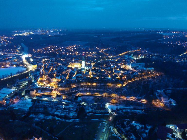 Vybudovat úsporné a bezpečné veřejné osvětlení vTáboře